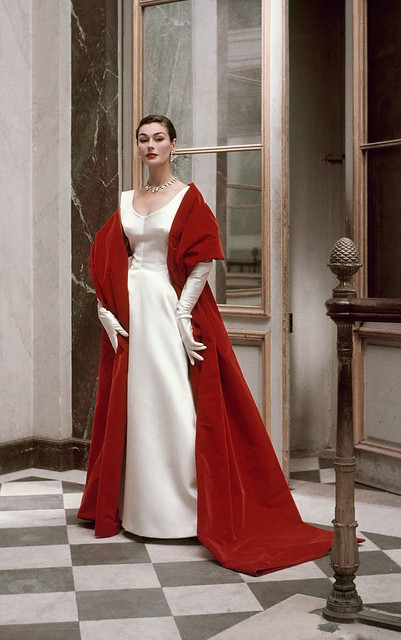 Balenciaga-red-and-white