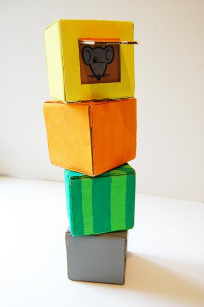 cardboard-cubes_001