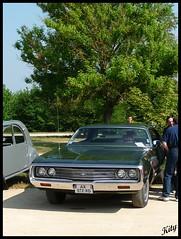 Chrysler Newport (kity54) Tags: auto old 2 classic cars car 1971 automobile top hard voiture mai newport coche older chrysler coup cvg ancienne ancien portes 2011 vhicule amricaine voituresanciennes