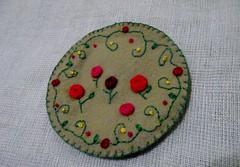 minhas rosinhas bordadas (rosaestilosa) Tags: artesanato craft felt feltro rosinha bordado trabalhosmanuais nófrancês bordadolivre pontoatrás