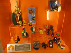Celebrating 25 Years of Pixar display (graznador2) Tags: brick cars up buzz toy lego display toystory woody disney pixar lightyear monstersinc legostore bugslife moc walle brav nmo disneypixar lugola