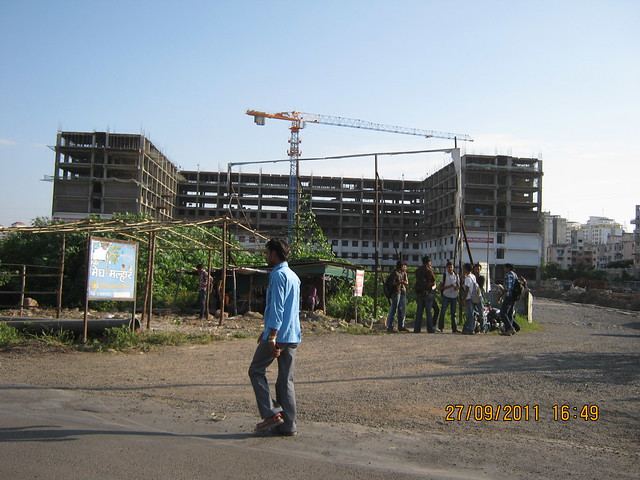 Sinhagad College, Warje, Pune - Pinnac West-End Residency, 2 BHK Flats, is behind!