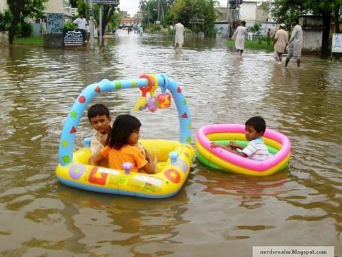 Karachi rain 1