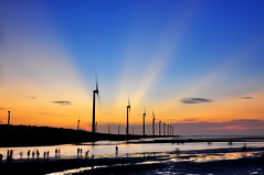 Rays show in Kaowei  (Vincent_Ting) Tags: sunset sea reflection beach windmill silhouette clouds seaside taiwan    windturbine gettyimages crepuscularrays wetland               colorfulbeach vincentting