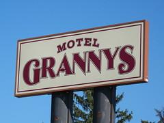 Granny's Motel-01 (Adam Cooperstein) Tags: pennsylvania motels schuylkillcounty frackville grannysmotel commonwealthpa schuylkillcountypennsylvania frackvillepennsylvania