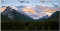 Banff Sunset Moon (Panorama Paul) Tags: sunset panorama moon banffnationalpark nohdr sigmalenses nikfilters banfftown nikond300 wwwpaulbruinscoza paulbruinsphotography