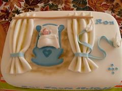 Tauftorte Ron (zucker.rose) Tags: baby cake christening junge taufe tauben schleife wiege gardine christeningcake tauftorte kindtaufe kindstaufe tauftorten babyinderwiege