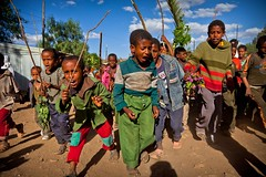children welcomed Jesus by spreading palm celebrates the festival Hosanna (Palm Sunday) in Axum, tigray (anthony pappone photography) Tags: africa travel festival digital canon children religious photography photo foto fiesta child image bambini expression african picture culture childrens afrika enfants fotografia ethiopia celebrate coptic axum reportage photograher afrique eastafrica phototravel hosanna etiopia aksum abyssinia 非洲 etnico ethiopie etiope etnia アフリカ tigray afryka childrentravel etiopija portraitsofchildren tigrinya 아프리카 etiopien etiópia africantribe африка etiopi hosaina eos5dmarkii tigrini अफ्रीका childrenbestphotos christiancopticorthodox kililoch