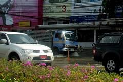 Bangkok Floods - Chaeng Wattana Road (22 Oct 2011 - 3)