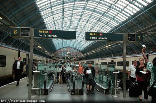 London St.Pancras International Station - Platform 8 & 7