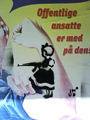 Milits Irma-pigen (Grafisk Anstalt (www.grafiskanstalt.dk)) Tags: street streetart girl stencil gun dress supermarket bow weapon irma