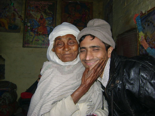 Shafiq with a Molki women in Kurukshetra