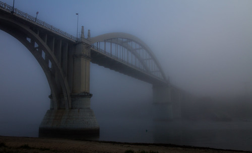 El puente y la niebla / The bridge and the fog