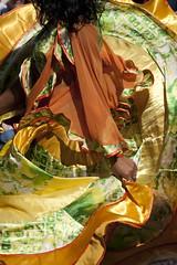 Angers - 16   Kesaj Tchave (Paul Dykes) Tags: orange france roma green yellow gold dance dancers dancing maine loire angers slovak anjou lesaccrochescoeurs kesajtchave img596617