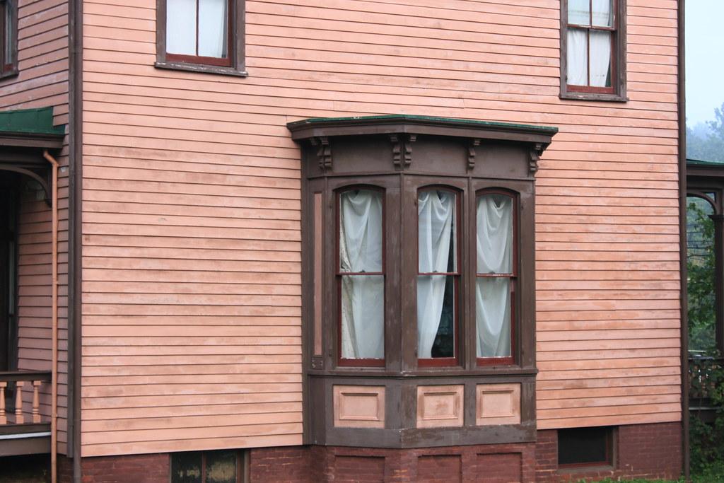 Edwards-Barton House