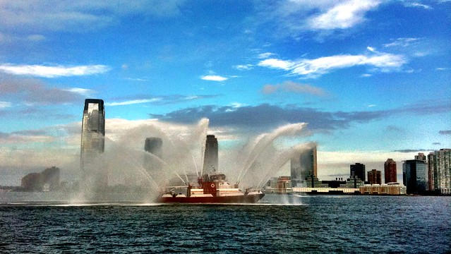 FDNY cruising around on the Hudson
