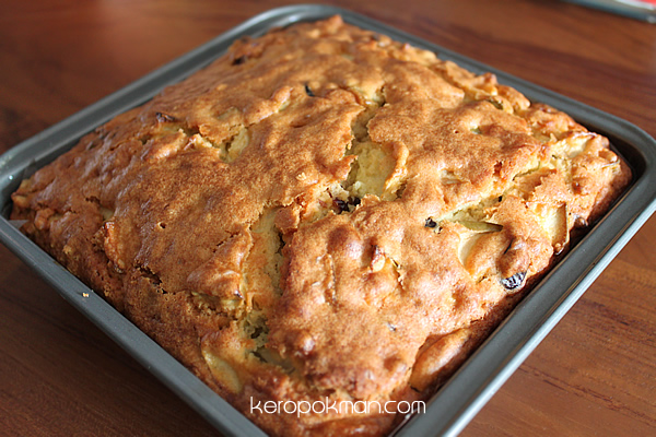 Granny Smith Cranberry Olive Oil Cake