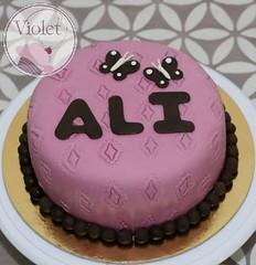 IMG_90177 (Violet.bh) Tags: birthday cake bag bahrain sweet chocolate dora purse bh