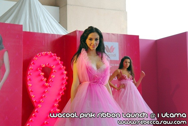 Wacoal Pink Ribbon Launch @1 Utama-5 - Copy