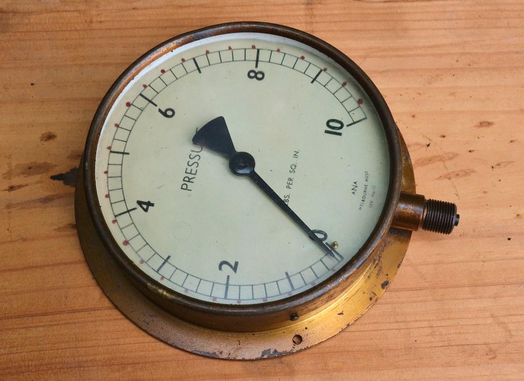 ANA Pressure Gauge 0-10psi