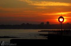 Sauron eye - Praia da Poa - So Joo Estoril (Marco_Coelho) Tags: sunset sol praia portugal gua marco cascais boia silhueta estoril ilustrarportugal sojooestoril marcoelho