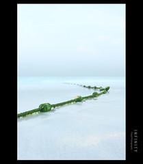 I N F I N I T Y (Faisal | Photography) Tags: blue sea green canon landscape eos dubai infinity tripod uae filter l usm f28 ef polarizing 2470mm canonef2470mmf28l 50d canoneos50d faisal|photography فيصلالعلي