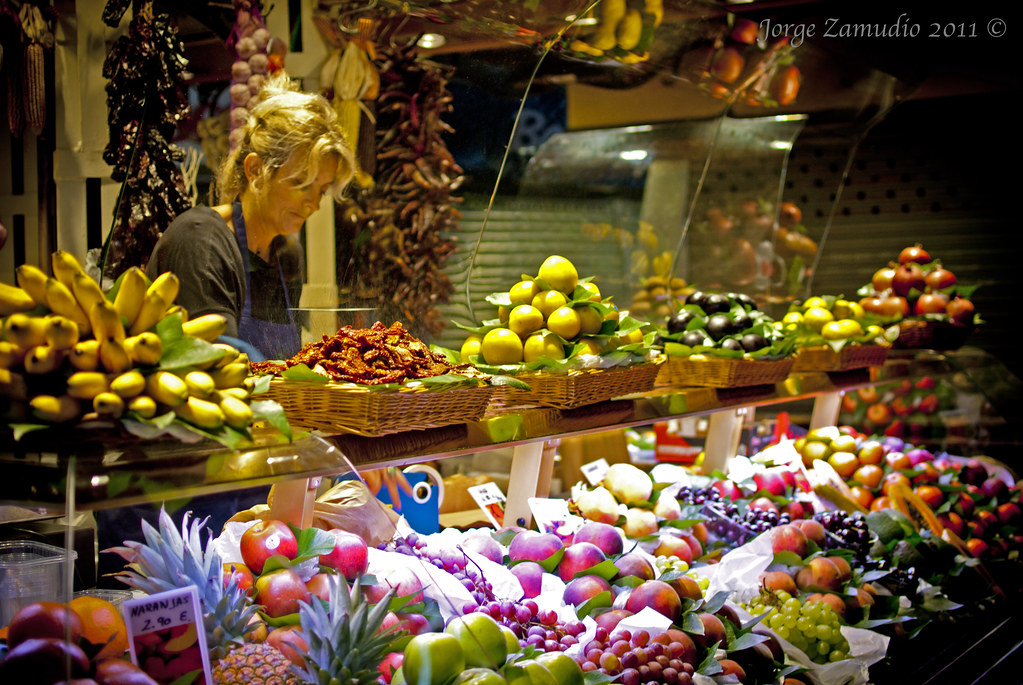 The world 39 s best photos of barcelona and fruteria flickr - Calle boqueria barcelona ...