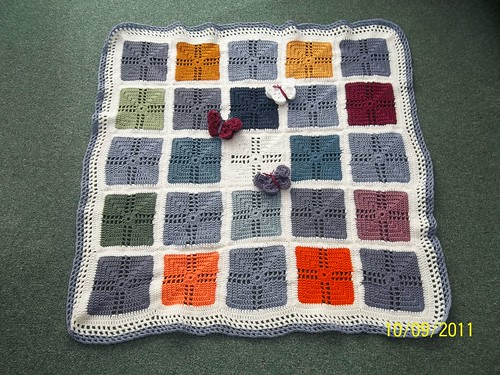 This Blanket has been made and donated to SIBOL by joyce28.