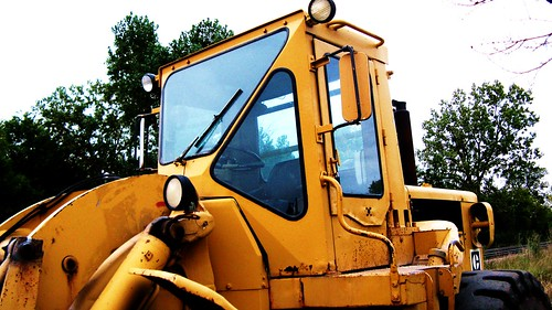 A Metra, Caterpillar heavy duty front end loader.  Glenview Illinois USA.  September 2011. by Eddie from Chicago