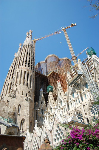 La Sagrada Familia - spire construction 2