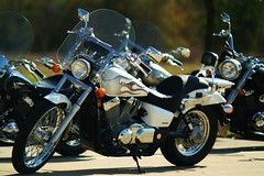 Harley, shot at 200mm f/1.8 (wwu124) Tags: by minolta 5 sony mount mc formula converted af 135 alpha f18 mitake maxxum 135mm amount 13518