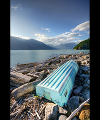 Horseshoe Bay (T.P Photographie) Tags: blue sky canada mountains clouds forest river rockies bay boat nikon rocky sigma columbia bleu ciel alberta british nuages 1020 foret rocheuses rochers barque montagnes canadienne horshoe d7000 wihstler