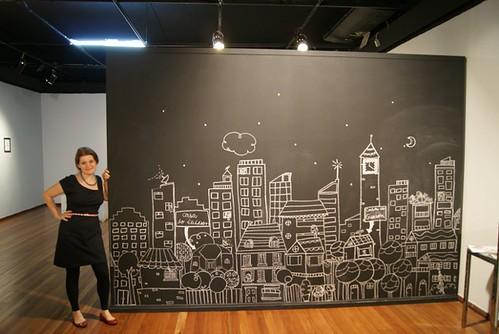eu e o mural preto