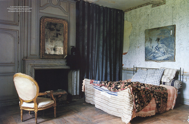 "Le Château in ""World of Interiors"" 2004 July issue- 4"