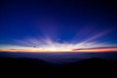 after 20 seconds (Yosuke Shiga) Tags: blue light sky cloud sun mountain alps japan sunrise landscape north beam ridge climbing nagano sunbeam lay
