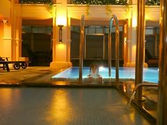 P1260058 (CANDYTANGERINE) Tags: china roof pool club night hongkong hotel top hong kong heath spa langham 15floorsup