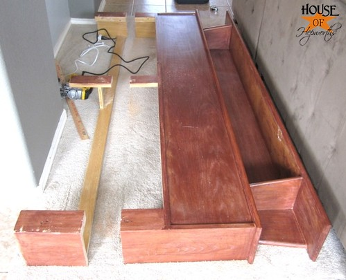 headboard_sofa_table_12