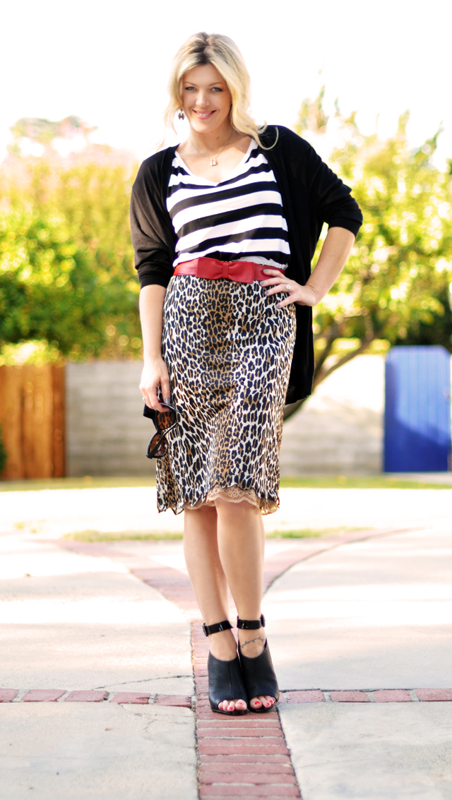 mixing prints, flying, martha stewart, pan am, outfits, leopard print skirt-striped top-red leather bow belt