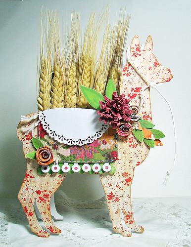 10-11 theme Harvest Llama