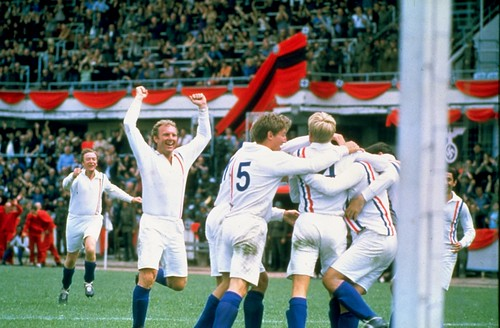 9802200P ESCAPE TO VICTORY