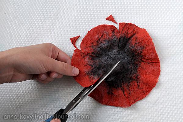 """Фото мастер-класс по валянию """"МАКа"""", войлок, войлочный цветок, свалять цветок, войлочный мак, мокрое валяние, сухое валяние"""
