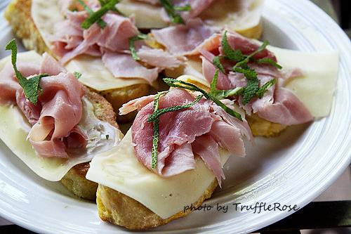 托斯卡尼的早餐-Italy-110514~