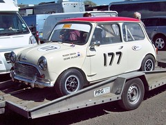 174 Mini Cooper S (1964-75) (robertknight16) Tags: mini british 1960s 1970s bmc 194570