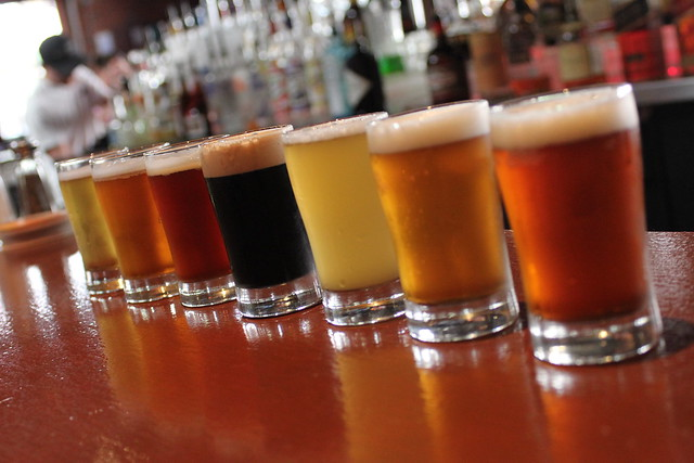 6202785673 7f100e36e7 z Beer Bar   Rock Bottom Brewery
