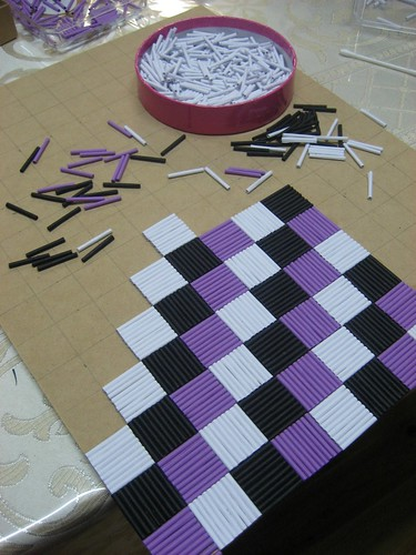 Quilled checkerboard