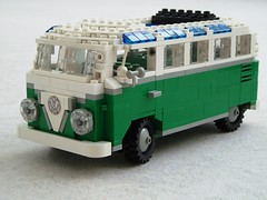 VW Samba van (2)