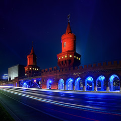Colorful Bridge (Dietrich Bojko Photographie) Tags: berlin architecture night germany deutschland lights colorful europe festivaloflights dietrichbojko vertorama dietrichbojkophotographie festivaloflights2011