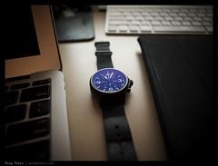 _PM00243 copy (mingthein) Tags: digital four bokeh availablelight watch s olympus micro wristwatch sinn ming zuiko chronograph 43 122 thirds utc m43 onn zd 756 mft pm1 thein photohorologer microfourthirds mingtheincom epm1 zuiko122