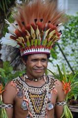 Ubir traditional garb (yumievriwan) Tags: dress culture png language minority oro headdress ubir alotau lpcelebration