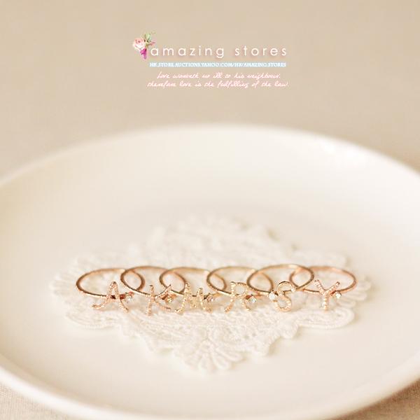 物 r150 gargle 水晶与金褛丝线手写体字母戒指 a 玫瑰金系